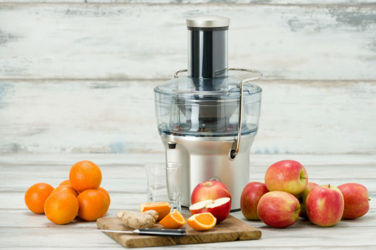 A Guide On How Do Juicers Work