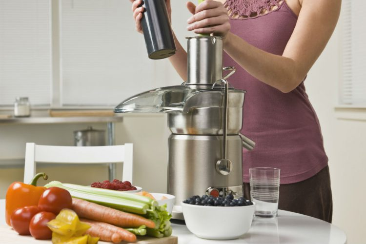 Best Fruit And Vegetable Juicers In The Market Today